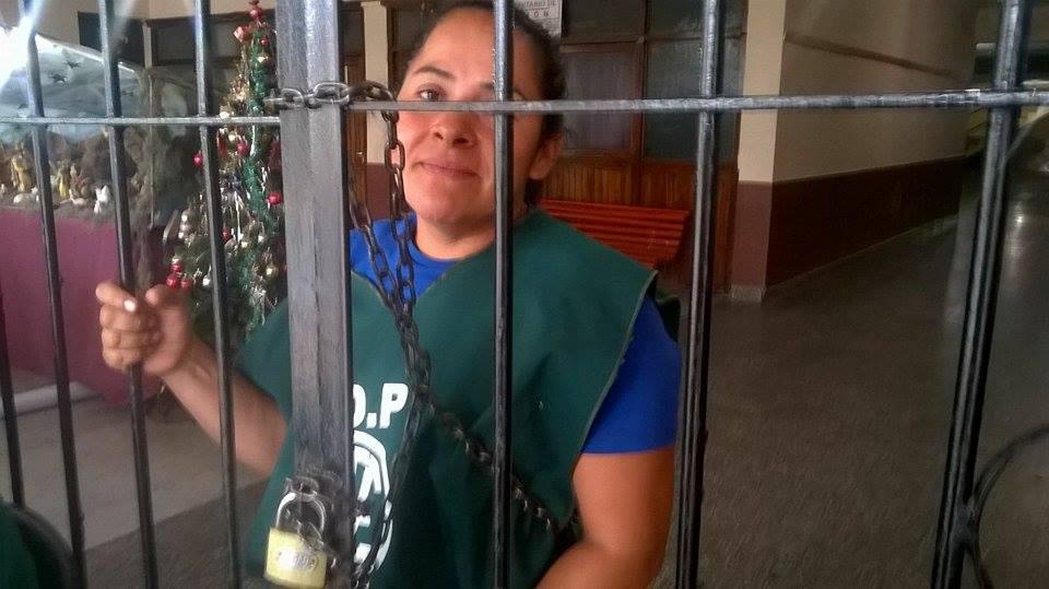 Tensión en Coronel Moldes: Municipales tomaron la intendencia