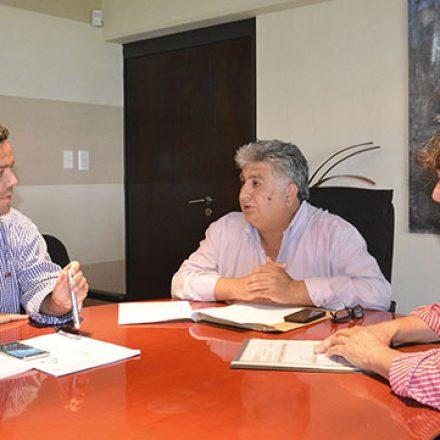 El Gobierno acordó con el municipio de Yrigoyen incrementar la asistencia a familias afectadas por inundaciones