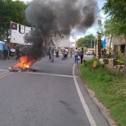 Continúan las protestas y medidas de fuerza en municipios del interior