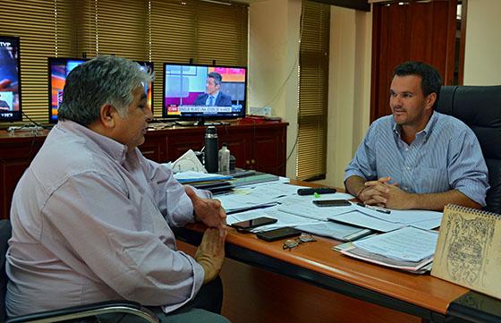 El ministro Rodríguez se interiorizó de los proyectos en marcha en Hipólito Yrigoyen
