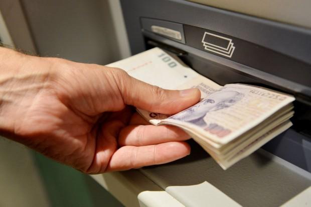 Entre el 2 y 4 de abril estarán disponibles los sueldos de la Administración Pública Provincial