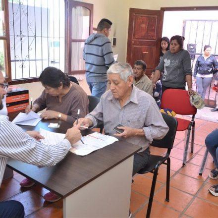 Pobladores de Los Toldos pueden gestionar la tarifa social de electricidad y el programa Hogar