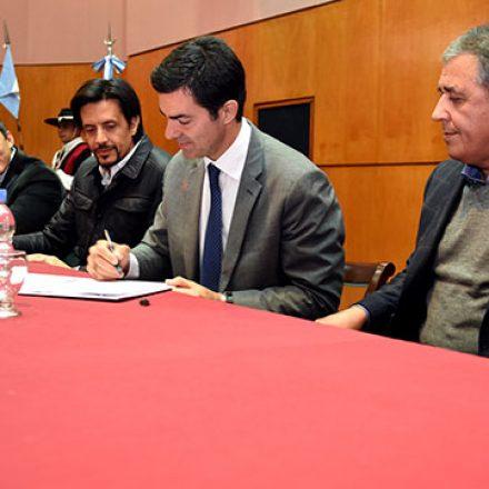 Vecinos de La Viña, Guachipas y Atocha tendrán gas natural en sus casas