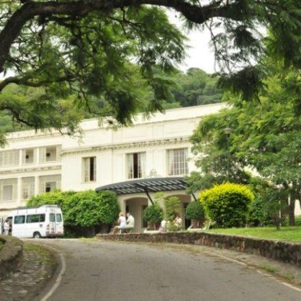 Realizaron la licitación pública para finalizar la puesta en valor del Hotel Termas