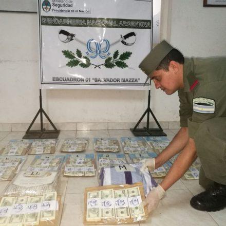 Secuestran 380.000 dólares estadounidenses apócrifos