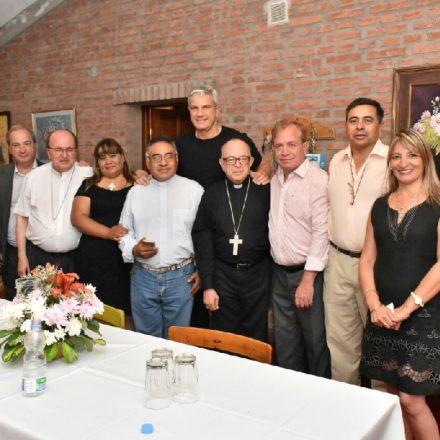 Zottos acompañó a la comunidad de Vaqueros en la consagración de su nueva parroquia