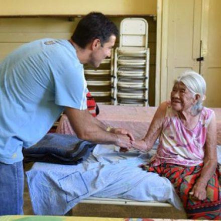 Urtubey agradeció al pueblo de Aguaray el trabajo de contención a los evacuados de Santa Victoria Este
