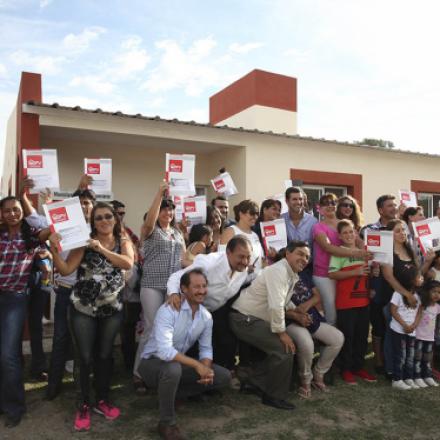 Son propietarias de sus viviendas 30 familias de La Candelaria