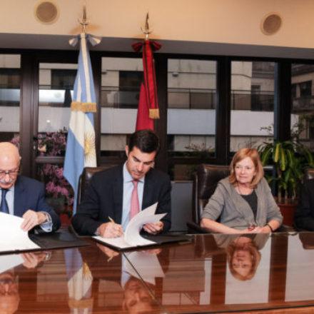 La Provincia y el CFI firmaron convenios para destinar $108 millones a la producción, energía y turismo