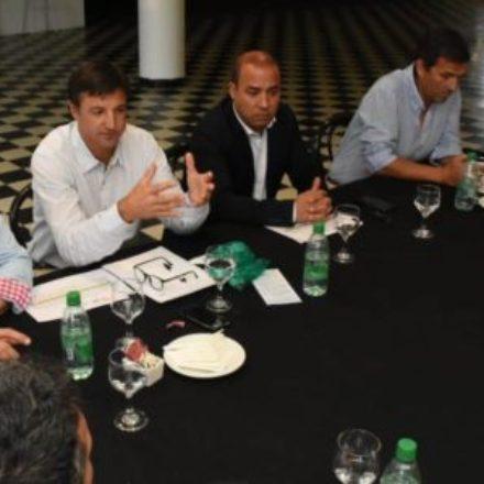 """Andrés Zottos: """"Nuestras economías regionales están en riesgo y debemos actuar en conjunto para evitar mayor desocupación"""""""