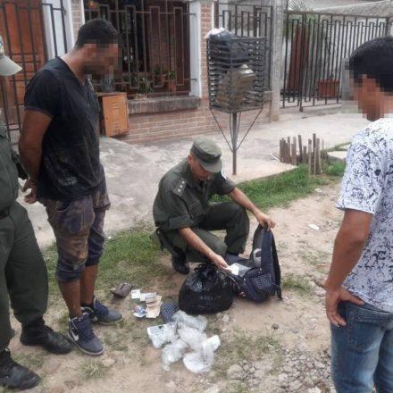 Detienen a un hombre con 649 cápsulas de cocaína
