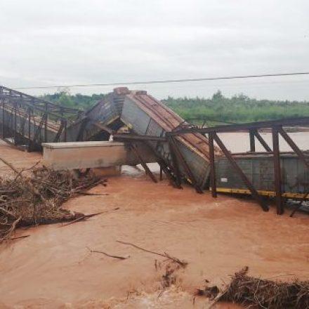 Tras la caída del puente solicitan su reparación urgente