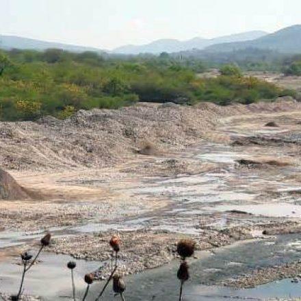Extracción de áridos en Vaqueros y La Caldera