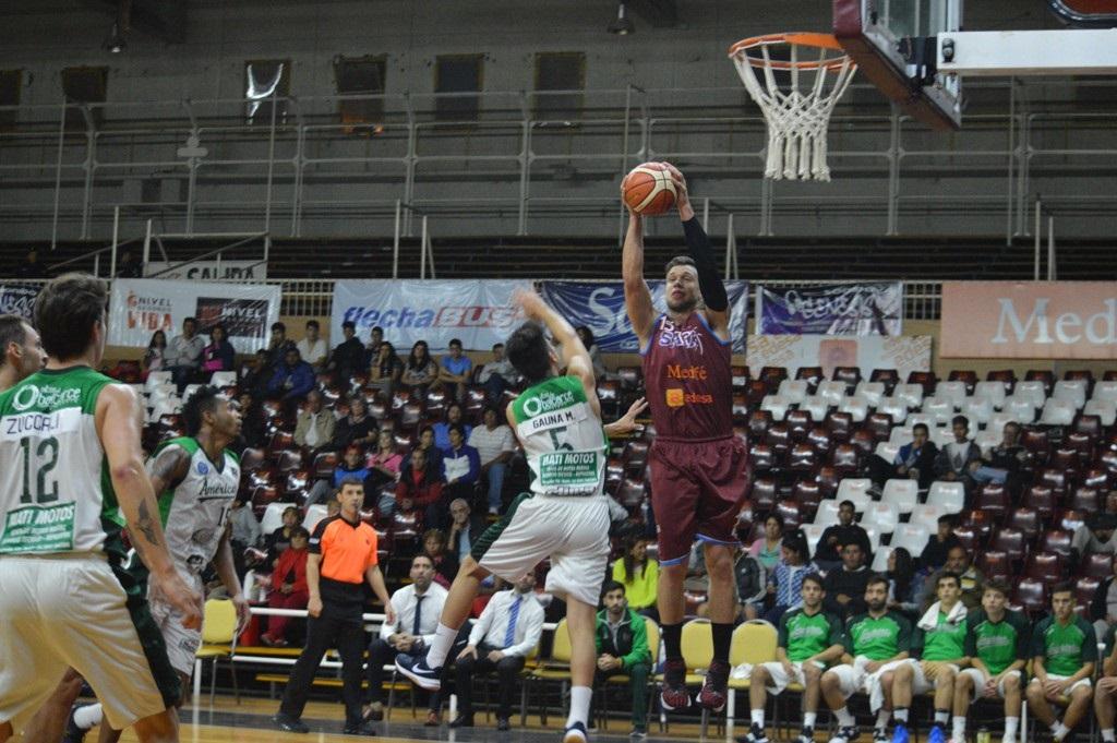 Salta Basket volvió al triunfo frente a Sportivo América