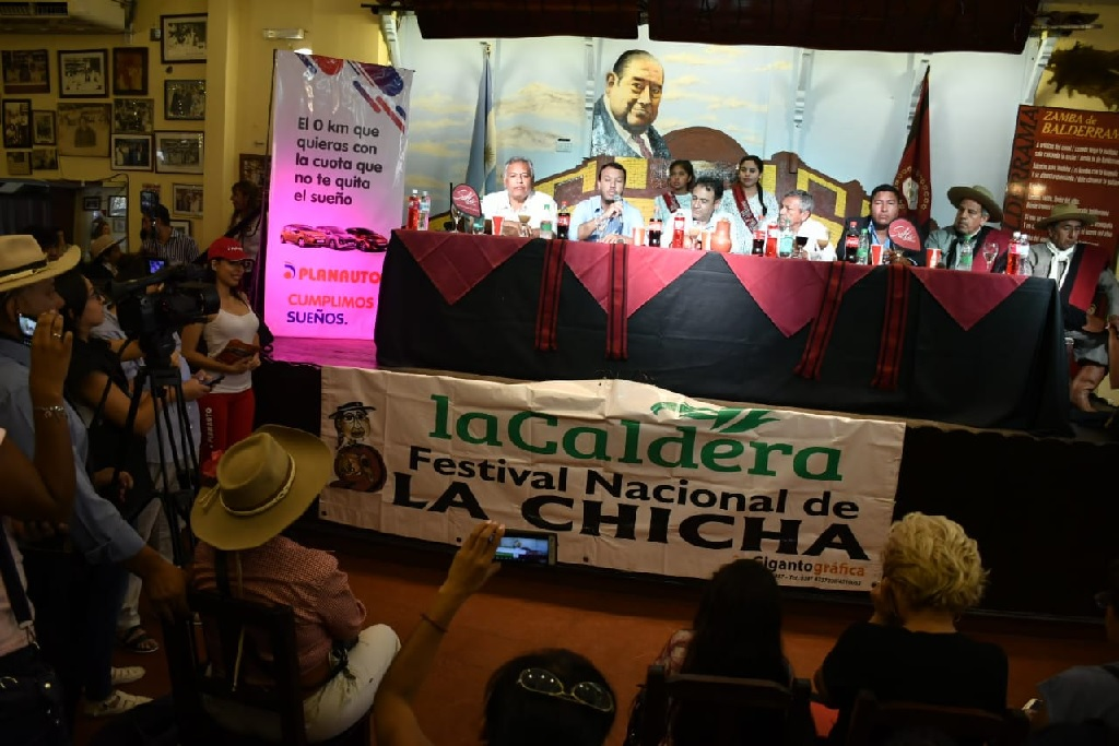 Presentaron hoy, el Festival Nacional de la Chicha
