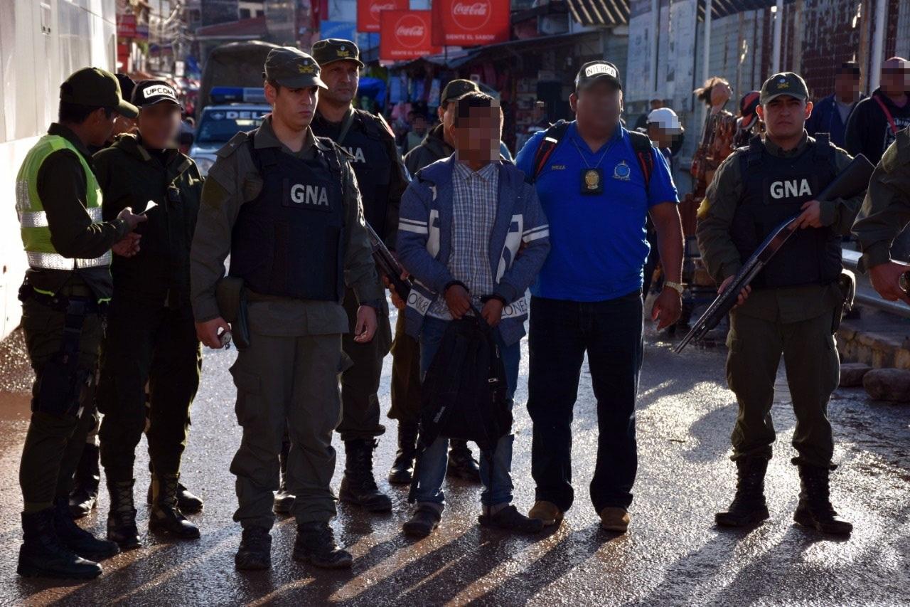 Gendarmería recepcionó a un ciudadano argentino con pedido de captura internacional