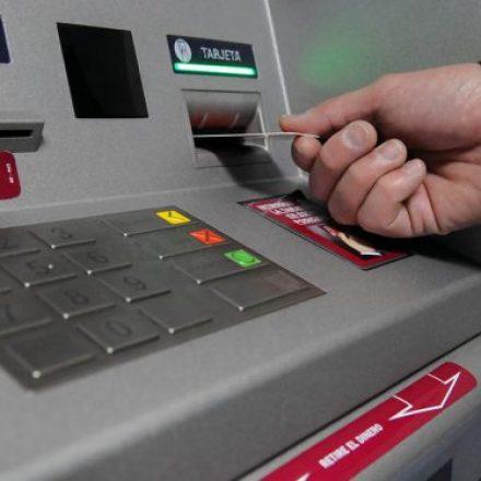 Los empleados provinciales cobrarán el sueldo de agosto con aumento