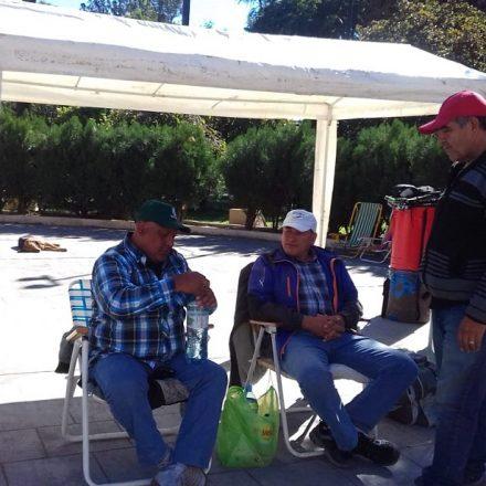 Agentes municipales de Campo Santo en huelga de hambre frente a la legislatura