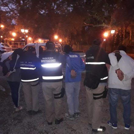 Desbaratan una banda de atracadores de taxis y remises