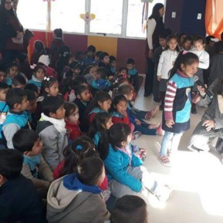 Se celebró oficialmente el Día Nacional de los Jardines de Infantes en un colegio de barrio San Remo