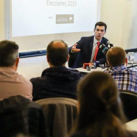 """El gobernador Urtubey participó en el ciclo 2019 """"Preguntar al Poder"""" en la Universidad Austral"""