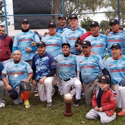 El Softbol de Salta se impone en la Región
