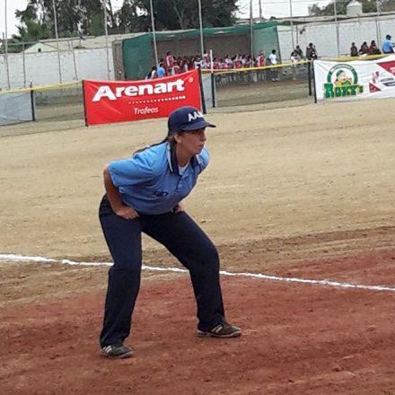 Capacitación de árbitros de softbol en Salta