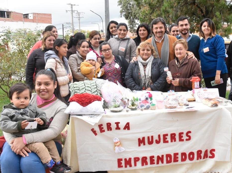 En General Guemes, Sáenz se reunió con mujeres emprendedoras
