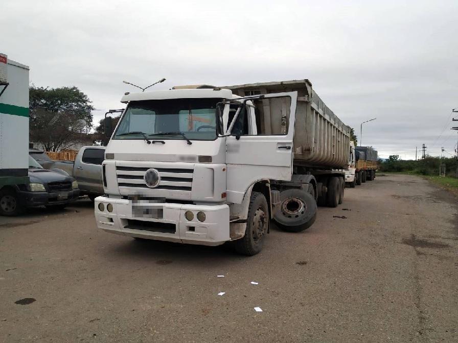 Despues de un año de investigación, cae banda que ingresaba cocaína al país oculta en neumáticos de camión