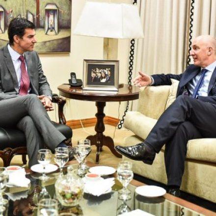El gobernador Urtubey recibió los saludos protocolares del Embajador del Reino Unido