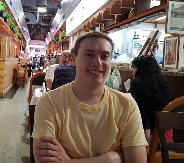 El Salteño Agustín Srur es uno de los estudiantes que lleva Huawei para capacitarse en China