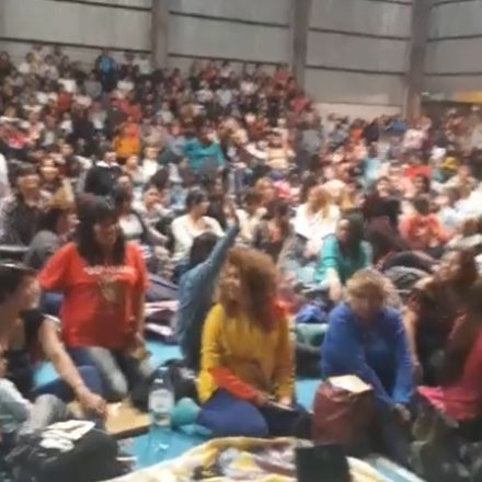 Asamblea docente dividida: algunos vuelven a clase otros continúan el paro