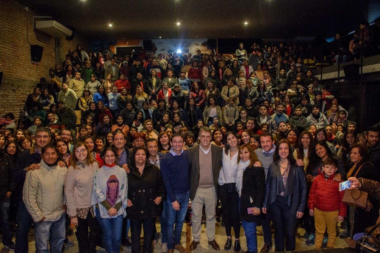 Precandidatos de Unión por Salta junto a Organizaciones Sociales