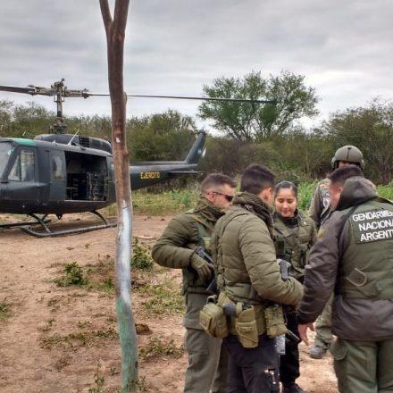 Un sobrevuelo en el departamento San Martín permite encontrar cocina de cocaína y elementos de envainado de estupefacientes, ocultos bajo carpas