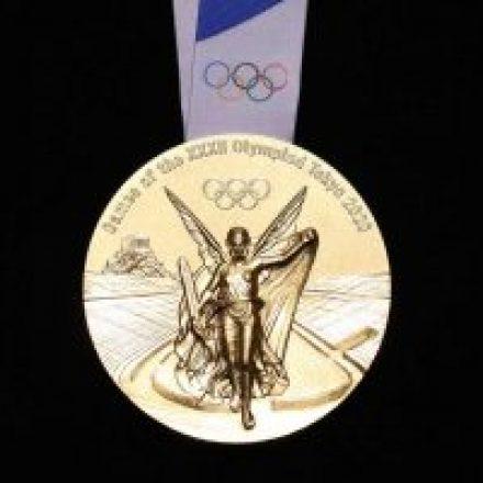 Mostraron las medallas de Tokio 2020: están 100% hechas con materiales electrónicos reciclados