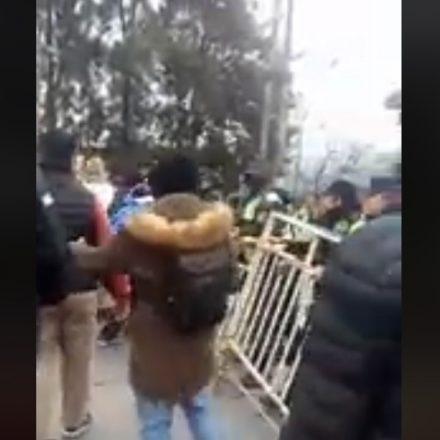 Marcha docente: Incidentes en casa de Gobierno con docentes Autoconvocados