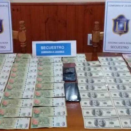 Detienen a tres personas por la venta de dólares falsos