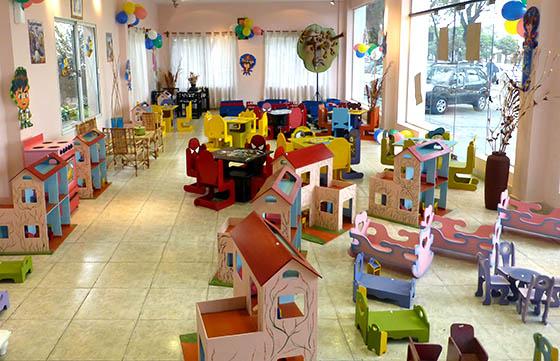Venta de juguetes en el penal de Villa Las Rosas por el Día del Niño