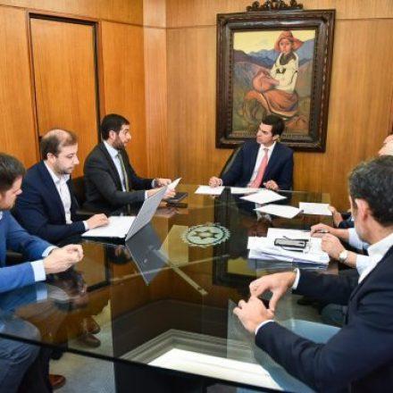 El gobernador Urtubey se reunió con el ministro Javier Montero y el equipo económico provincial