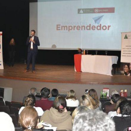 Finanzas Inclusivas: mujeres de toda la provincia se capacitan en la Semana del Emprendedor