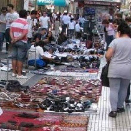 Realizarán controles contra el comercio ilegal en el centro capitalino