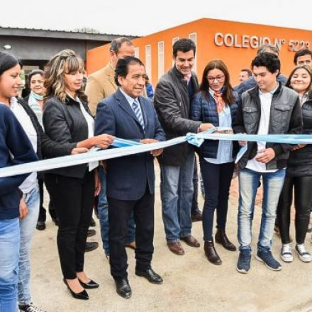 El gobernador Urtubey inauguró un nuevo y moderno edificio secundario en El Potrero