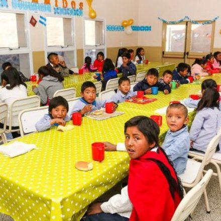 Este fin de semana abrirán 139 escuelas para brindar almuerzo