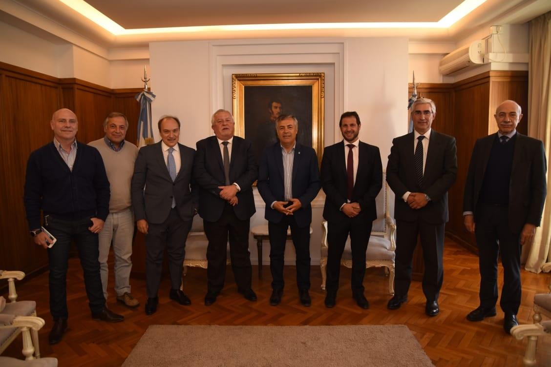 Jueces de Salta se reunieron con el gobernador de Mendoza