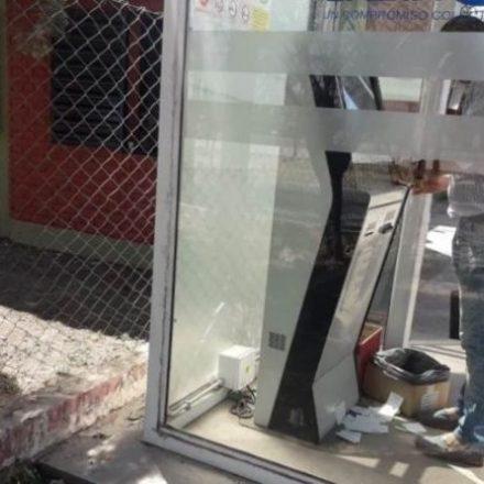 Dañaron una cabina de recarga de Saeta recientemente inaugurada