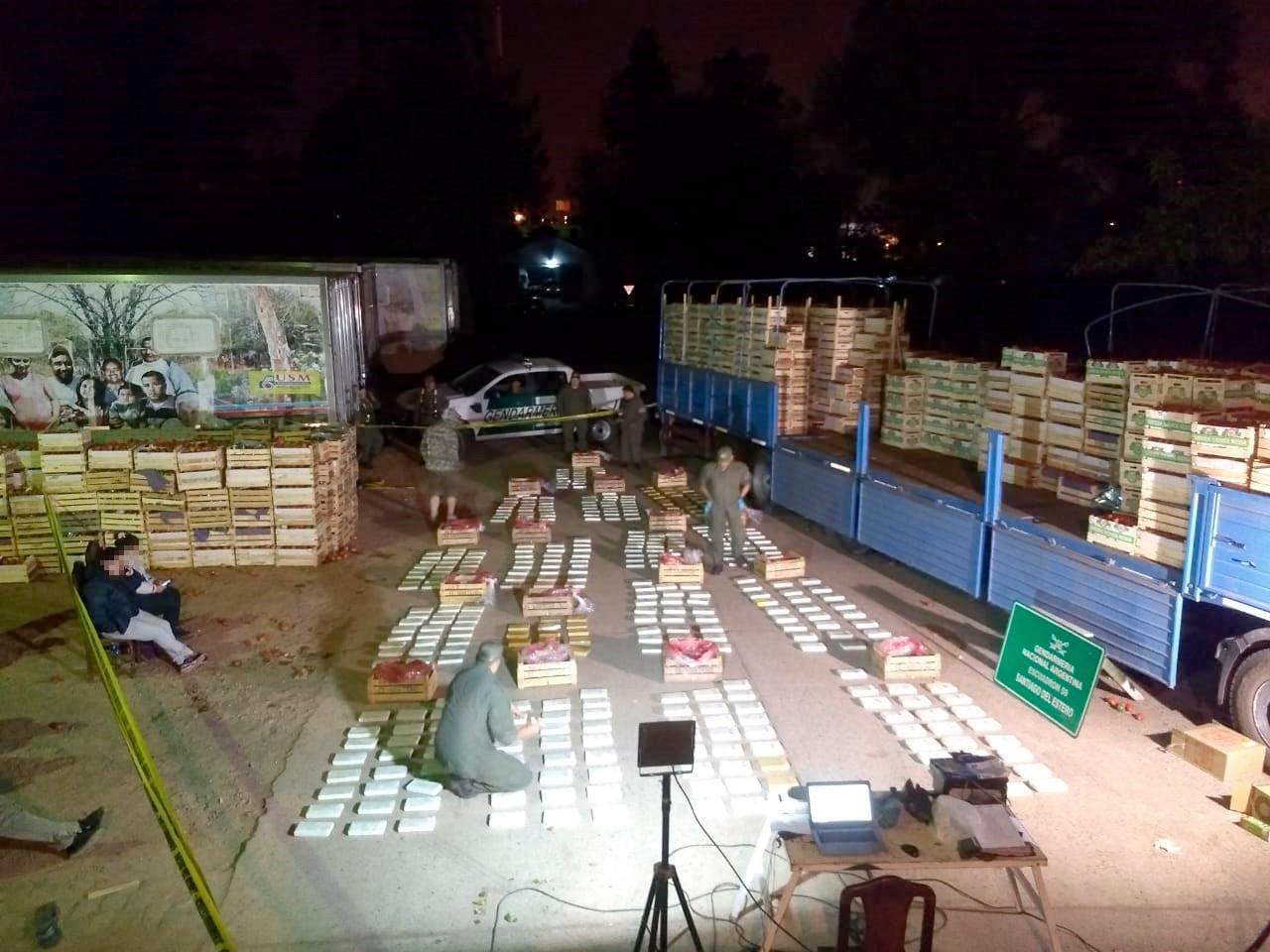 Cae organización que se dedicaba a trasladar estupefaciente oculto entre carga de vegetales
