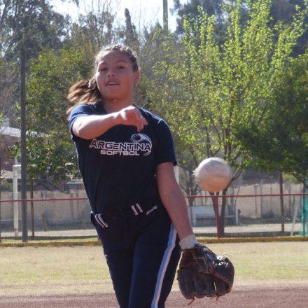 Dana Araoz al Panamericano de Softbol