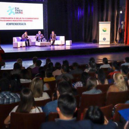 Urtubey participó en Emprende Salta, evento destinado a potenciar a jóvenes emprendedores