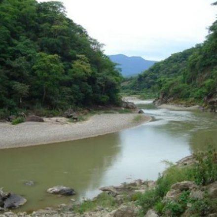 Rige la veda de pesca deportiva en río Pescado