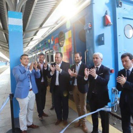 Remodelaron las oficinas comerciales del Tren a las Nubes y se sumó un nuevo vagón de pasajeros
